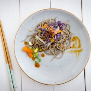 veggie-soba-noodles-with-miso-sauce-flat-lay
