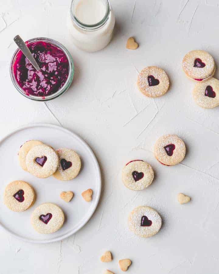 heart shaped swiss jam sandwich cookies