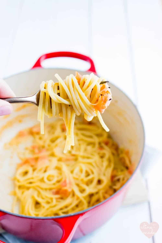 Spaghetti with Tomato Creme Fraiche Sauce