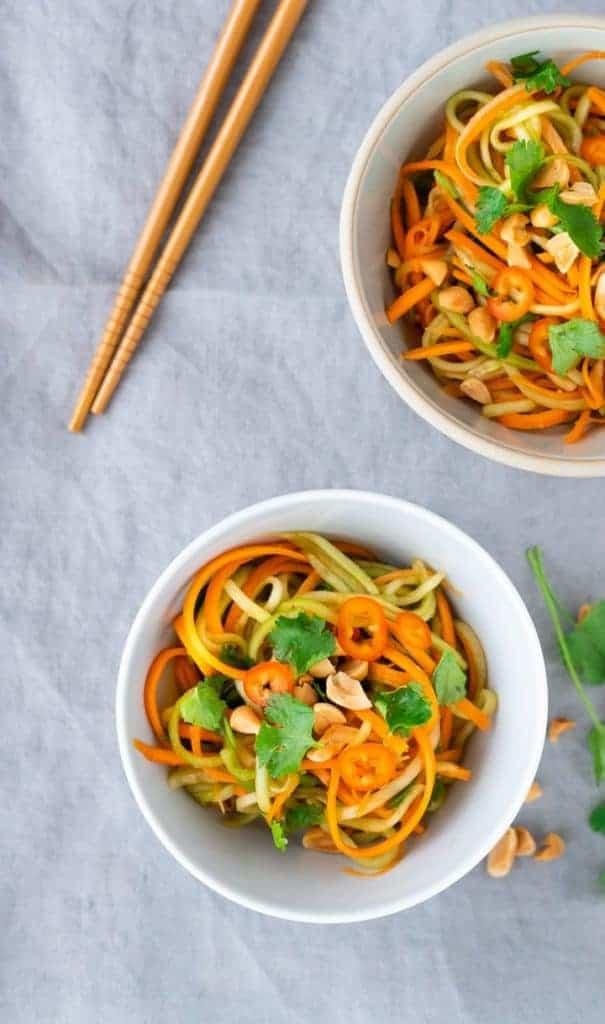 gurkensalat asiatisch mit erdnüssen