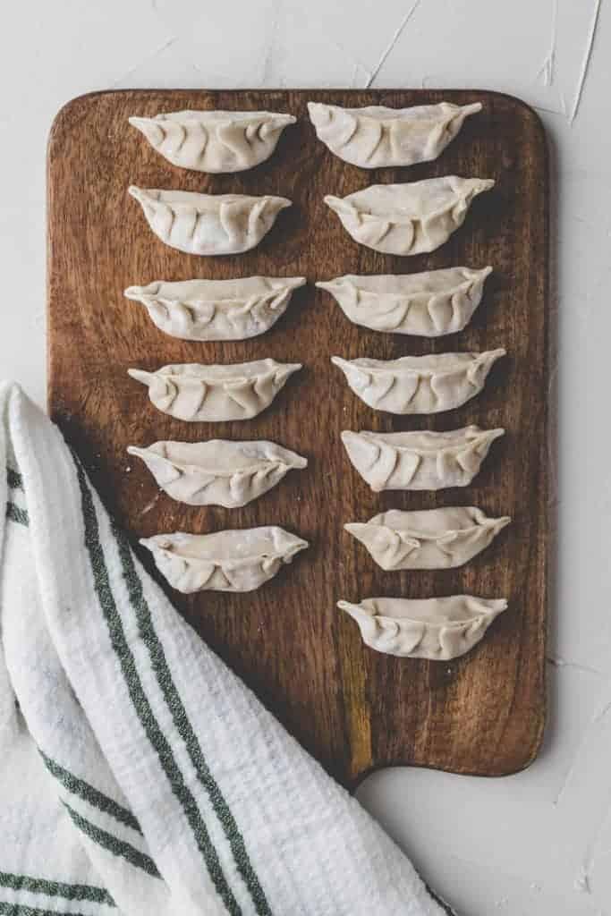 dumplings teig gefüllt