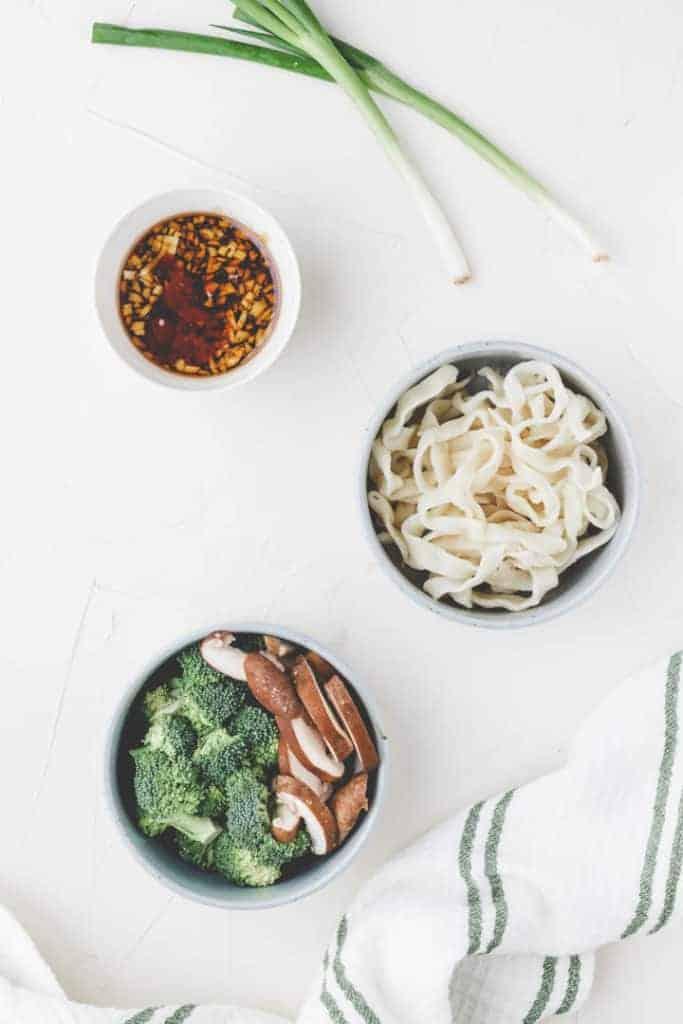 zutaten für gebratene udon rezept