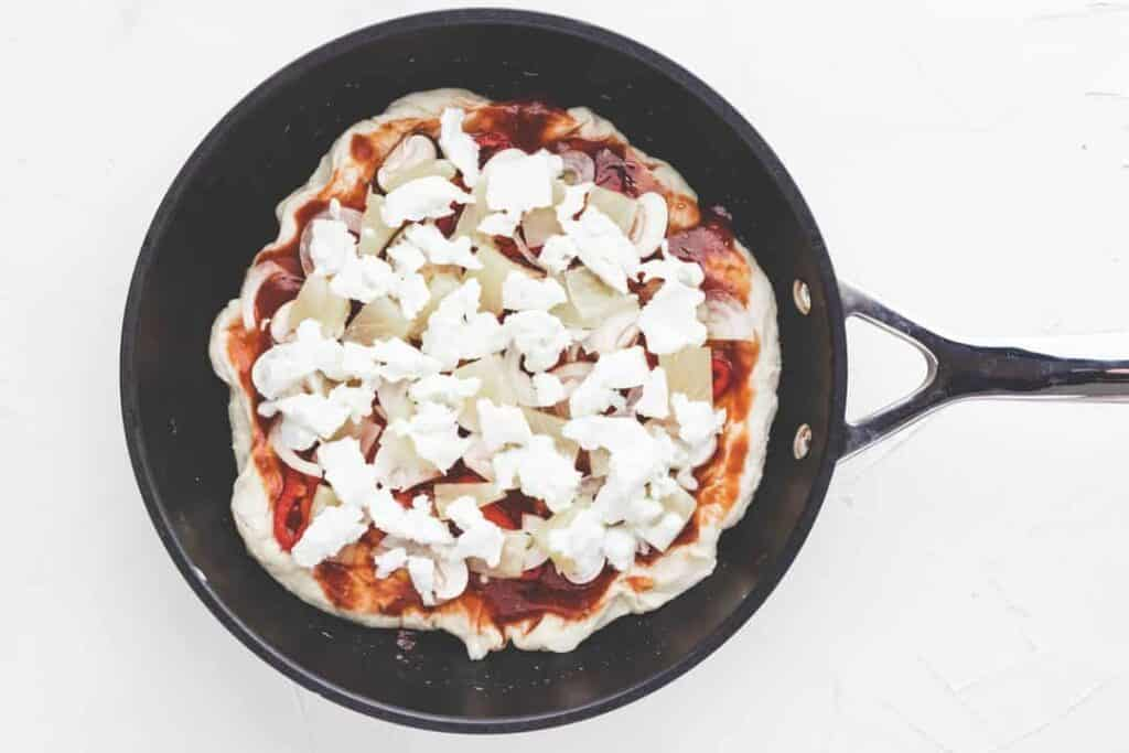 how to make pan pizza-8