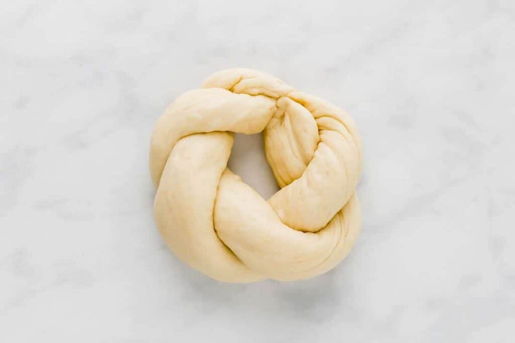 how to make easter bread with two ropes step 3