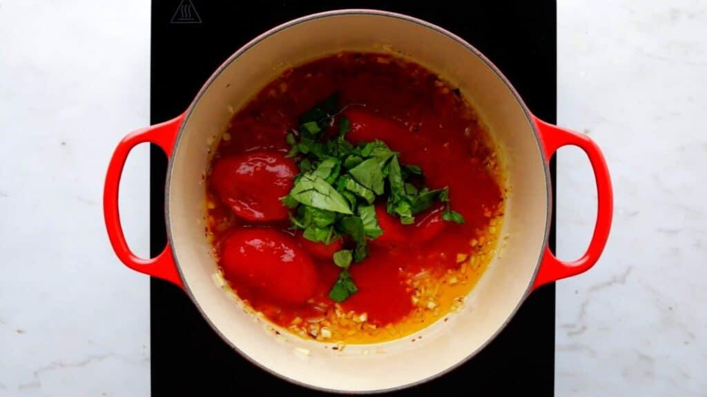Spaghetti Pomodoro Rezept Schritt 2