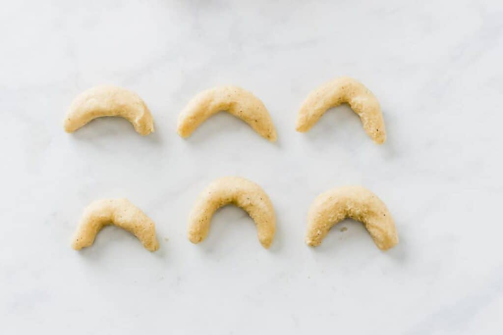 almond crescent cookies recipe step 5