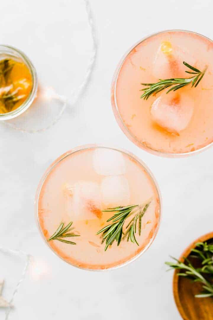non-alcoholic grapefruit mocktail with rosemary sirup