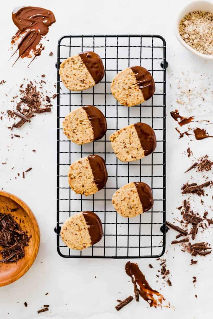 hazelnut cookies with hazelnut meal