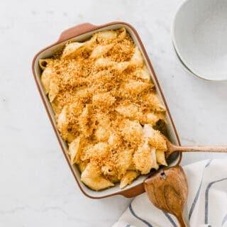 überbackene vegane mac and cheese