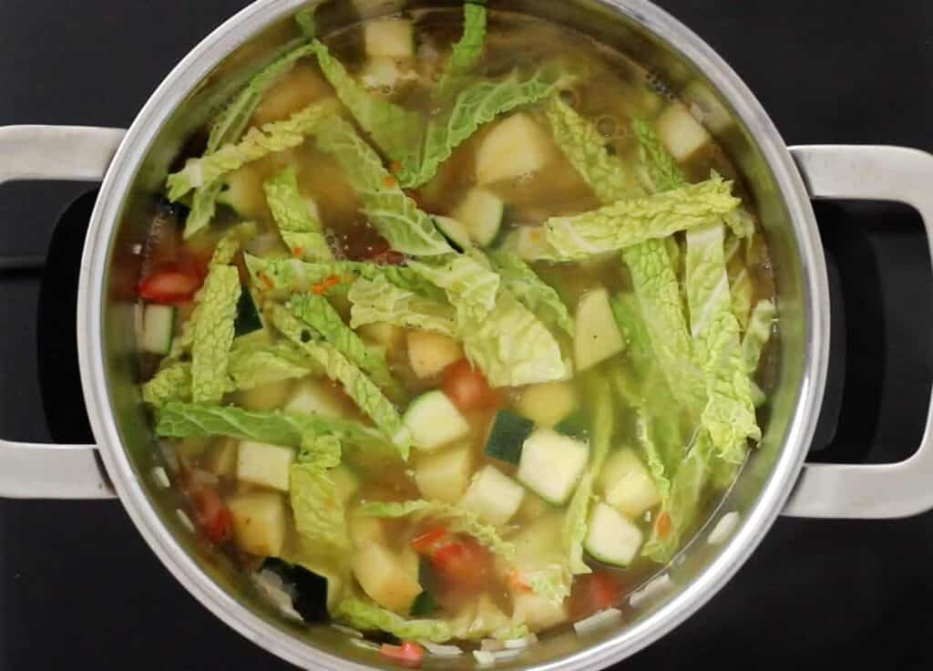 vegetable soup cooking