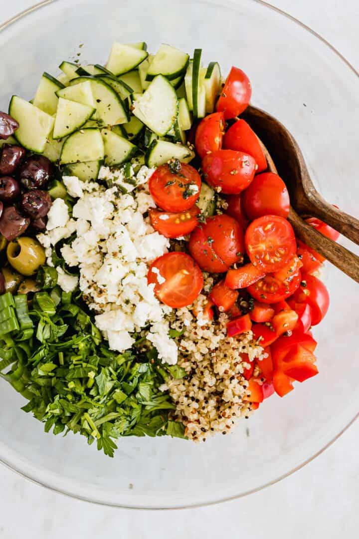 Griechischer Quinoa Salat