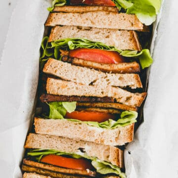 sliced blt sandwiches