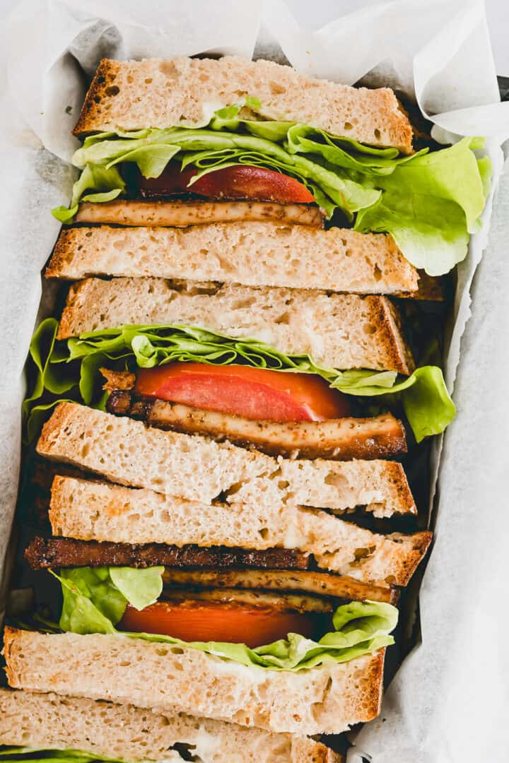 vegan tofu sandwiches with lettuce and tomato