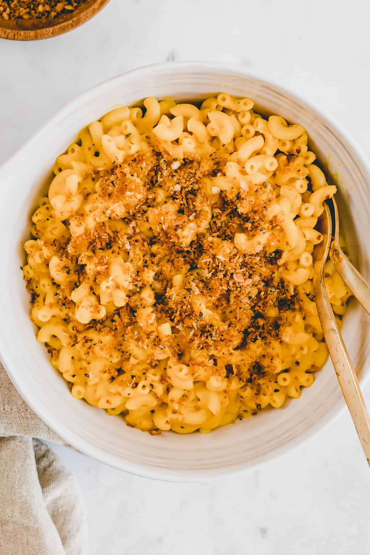 macaroni with pumpkin pasta sauce and panko sage topping