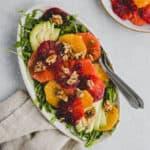 Wintersalat mit Orangen, Grapefruit, Rucola und Avocado