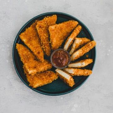 vegan tofu nuggets on a blue plate