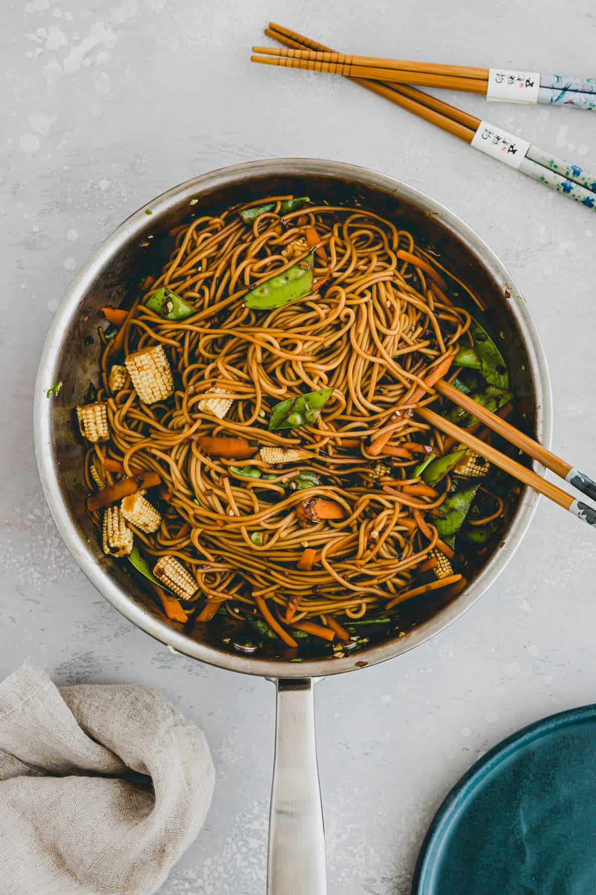 chinese lo mein noodles in a skillet