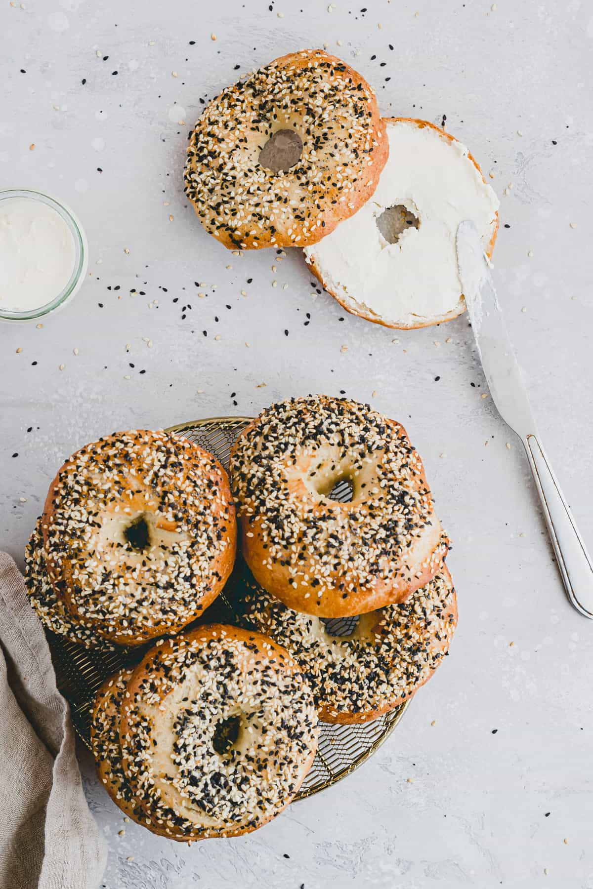 bagels with dairy-free cream cheese